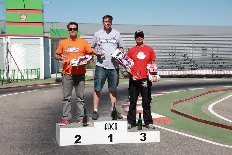 podium-stock.JPG