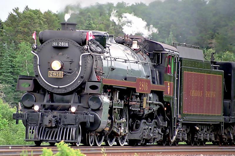 CP 2816 at Barclay, Ontario.