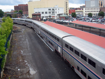 Amtrak's COAST STARLIGHT Departing Portland