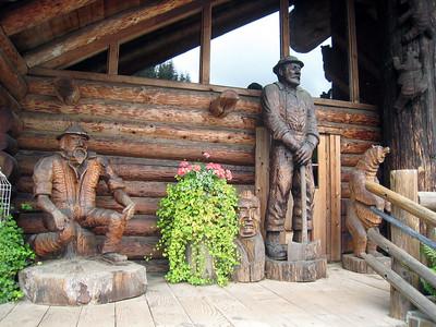 Camp 18 Restaurant Scenes