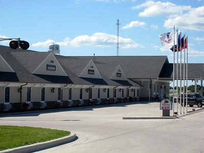 The Depot Inn - La Plata, MO
