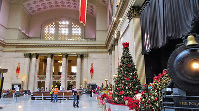 Chicago's Union Station at Christmas