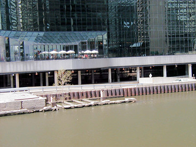 09 Chicago River at Union Station