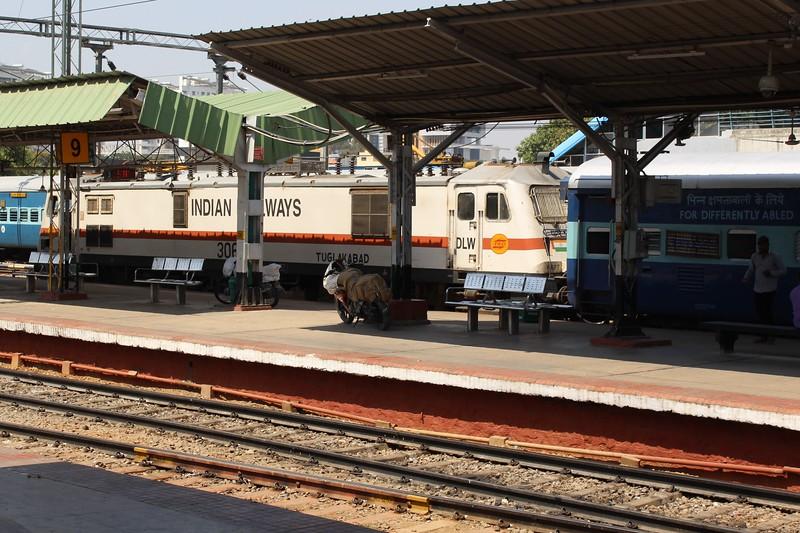 Indian Railways WAP-7i Class Electric Locomotive No. 30612 at Bengaluru City KSR Station [SBC]