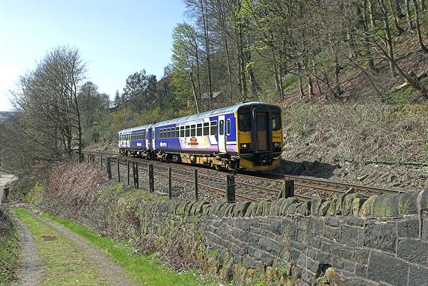 155344 Eastwood 20/4/2010 2U09 1100 Manchester Victoria-Leeds