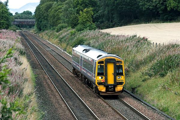 158723 Plean 4/9/2009 2P88 1358 Dunblane-Edinburgh