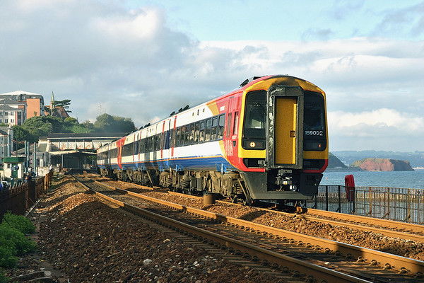 159002 and 159022, Dawlish 16/7/2004