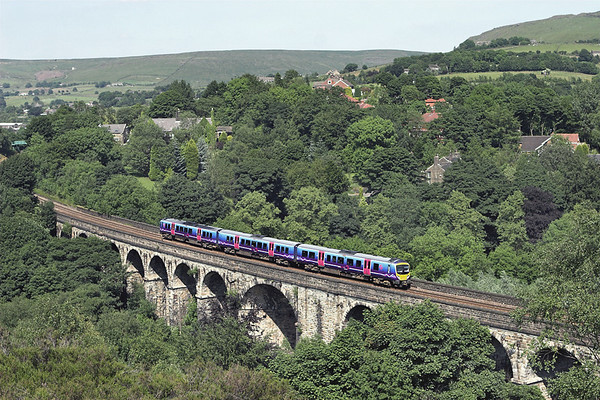 185106 Saddleworth Viaduct 2/7/2009 1F68 1347 Scarborough-Liverpool Lime Street