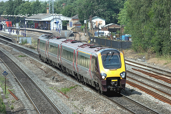 220001 West Drayton 24/7/2008 1O09 0754 Manchester Piccadilly-Brighton