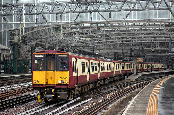 314205 and 314210, 2N04 1835 Glasgow Central-Neilston