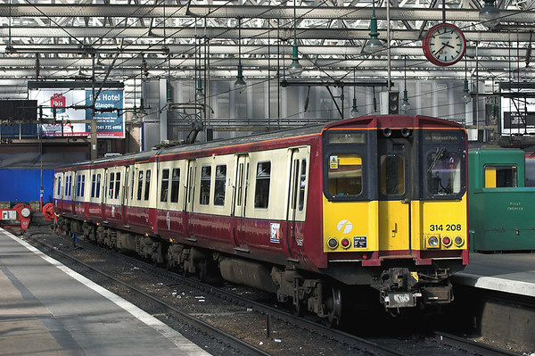 314208 Glasgow Central 2/9/2005 2N24 1556 Glasgow Central-Neilston