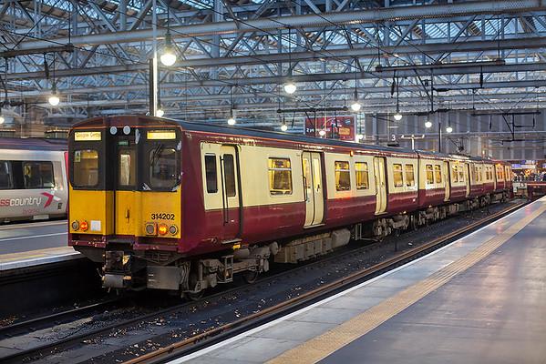 314202 Glasgow Central 6/11/2018 2N28 1635 Glasgow Central-Neilston
