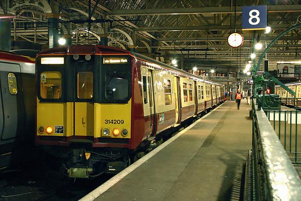 314209 Glasgow Central 10/3/2005 2N09 1927 Neilston-Glasgow Central