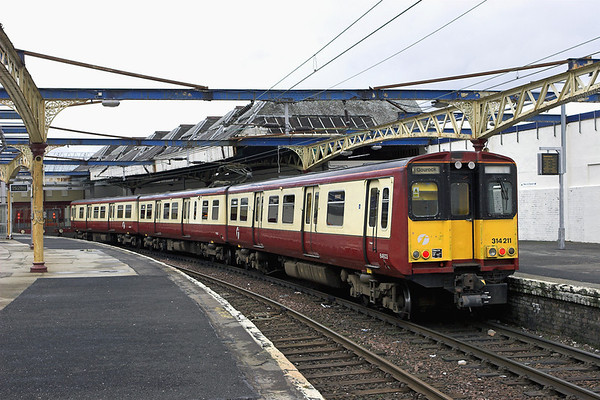 314211 Gourock 27/2/2009 2G60 1536 Gourock-Glasgow Central