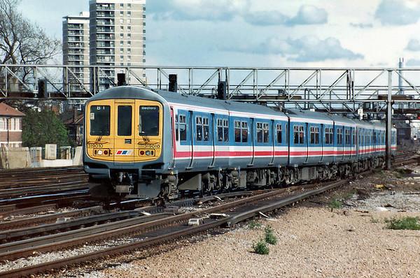 319010 and 319016, London Bridge 12/4/1993