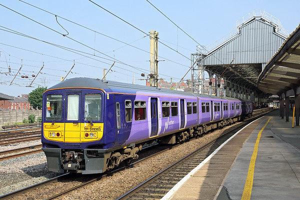 319365 Preston 28/5/2016 1F08 1030 Preston-Liverpool South Parkway