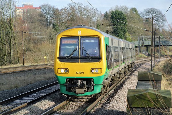 323205 Northfield 10/1/2014 2N45 1020 Lichfield Trent Valley-Longbridge