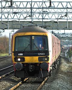 325001 Acton Bridge 14/12/2005 1S09 1040 Willesden PRDC-Shieldmuir