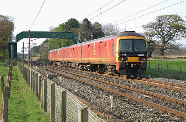 325002 Brock 25/4/2005 1M44 1531 Shieldmuir-Warrington RMT