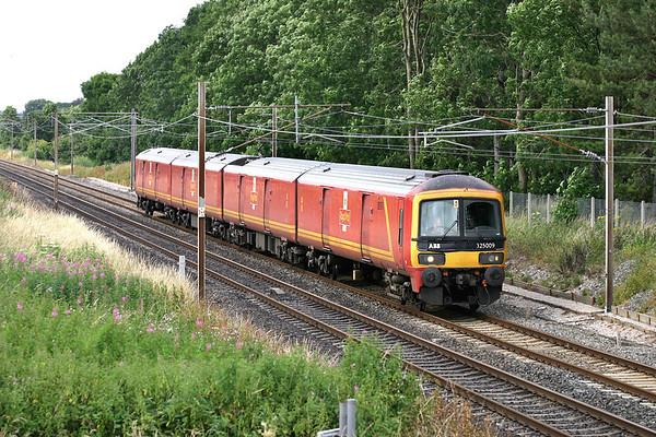325009 Brock 18/7/2005 1M44 1531 Shieldmuir-Warrington RMT