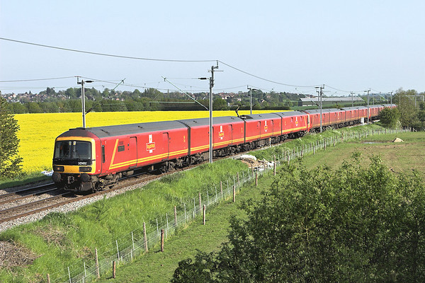 325002, 325016 and 325015, Watford 22/5/2012 1S96 1640 Willesden RMT-Shieldmuir RMT