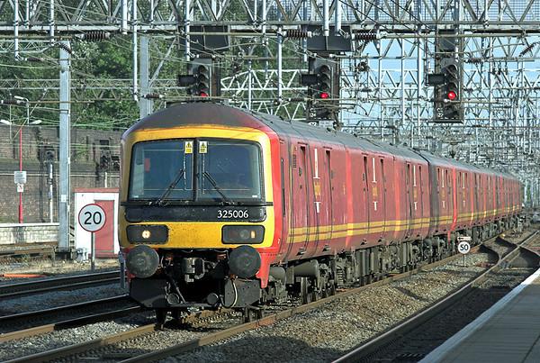 325006, 325001 and 325015, Crewe 27/7/2010 1S96 1640 Willesden PRDC-Shieldmuir