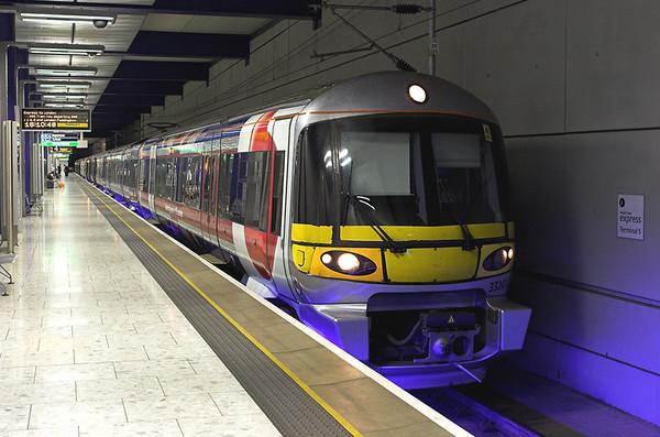 333012 and 332003, Heathrow Terminal 5 8/9/2011 1Y66 1612 Heathrow Terminal 5-London Paddington