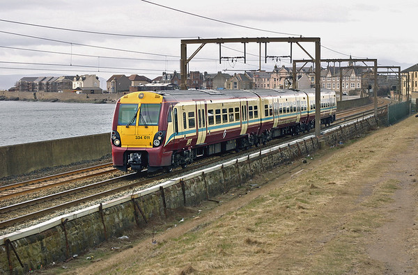 334011 Saltcoats 10/3/2005 1T10 1253 Largs-Glasgow Central