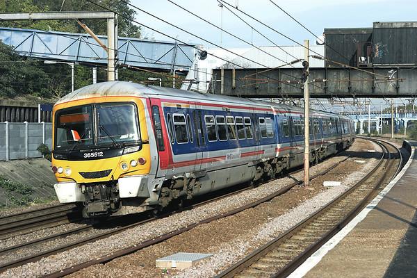 365512 and 365529, Harringay 6/11/2006 1P55 0915 Peterborough-London Kings Cross