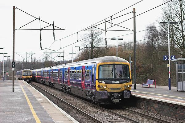 365507 and 365506, New Southgate 21/2/2013 1T18 1544 London Kings Cross-Kings Lynn