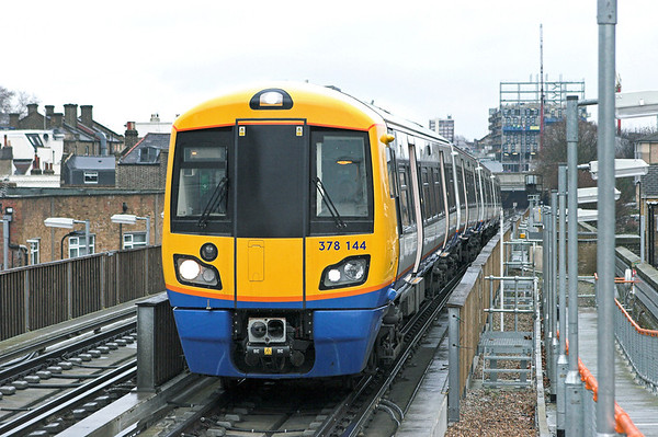 378144 Haggerston 25/1/2011 9A38 1430 Dalston Junction-Crystal Palace