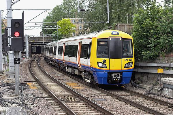 378220 Highbury and Islington 14/6/2013 2L76 0901 Clapham Junction-Stratford