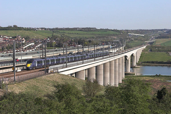 395024 and 395028, Medway Viaduct 8/4/2011 1J50 1710 London St Pancras International-Margate and Dover Priory