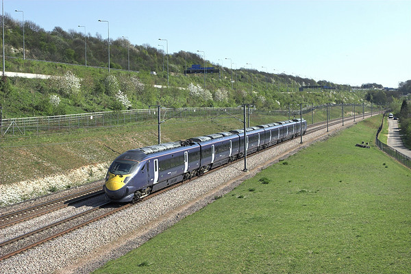 395011 Upper Nashenden Farm 8/4/2011 1J41 1353 Margate-London St Pancras International