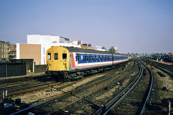 5441, 6224 and 5430, London Bridge 20/5/1991