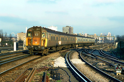 1403 and 1723, Clapham Junction 11/1/2003