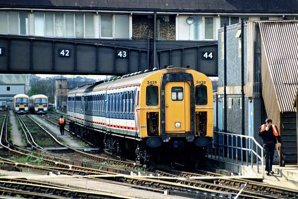 3426 Clapham Junction 12/4/1993