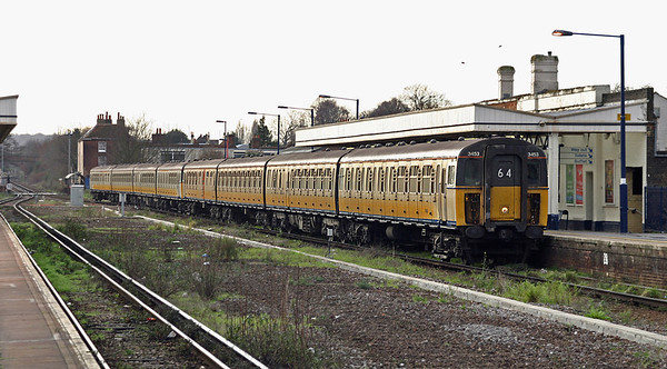 3453 and 3424, Canterbury West 29/12/2004