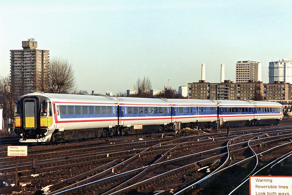 2413 Clapham Junction 11/1/1995