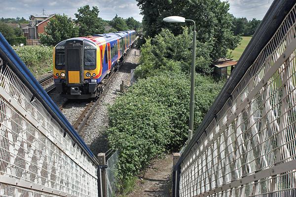 450055 Chertsey 22/6/2006 2S44 1433 Weybridge-London Waterloo