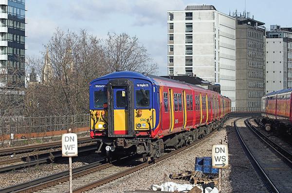 5740 and 5904, Vauxhall 11/2/2010 2O23 1033 London Waterloo-London Waterloo (via Richmond and Kingston)