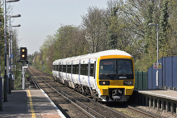 465024 Bexley 8/4/2011 2I29 1110 London Cannon Street-London Cannon Street  (via Sidcup and Woolwich)
