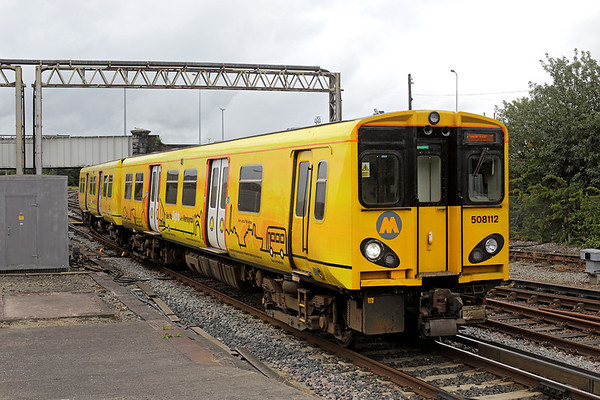 508112 Chester 7/7/2016 2C23 1145 Chester-Chester (via Liverpool)