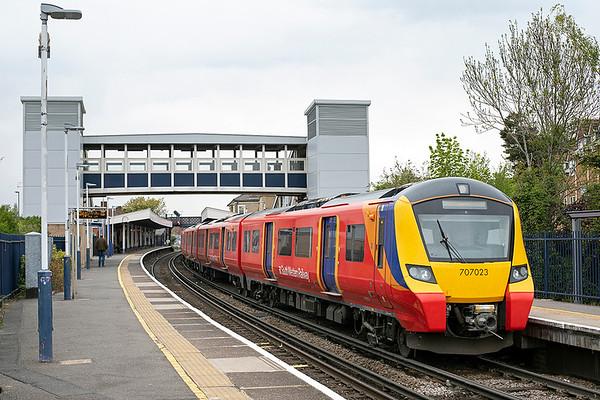 707023 Staines 28/4/2021 2S36 1233 Weybridge-London Waterloo
