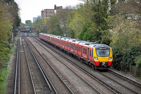 707024 and 707026, Barnes 28/4/2021 2U25 1028 London Waterloo-Windsor & Eton Riverside