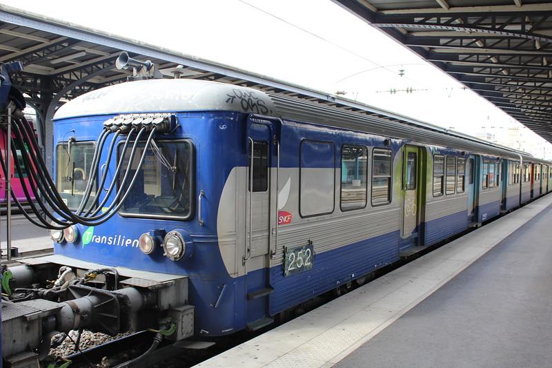 SNCF Transilien RIB Class DMU No.252 at Paris Est