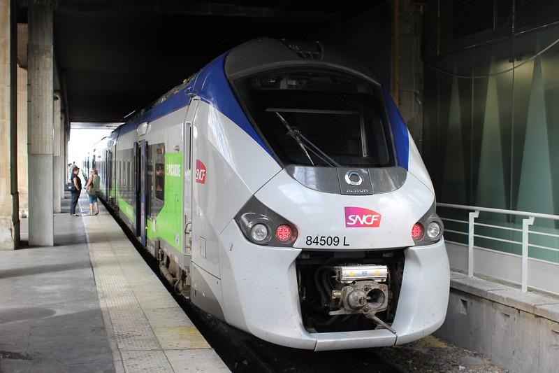 SNCF TER Regiolis EMU No. 84509 L at Paris Gare du Nord