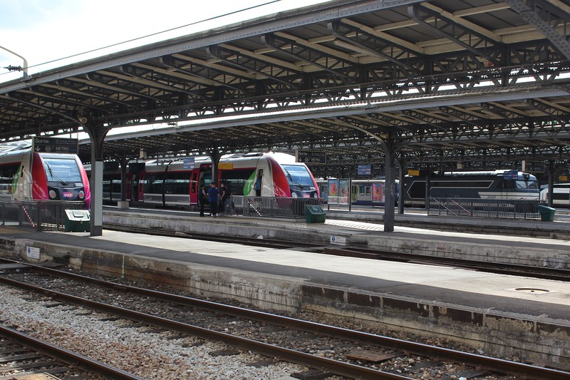 Paris Est: TER services