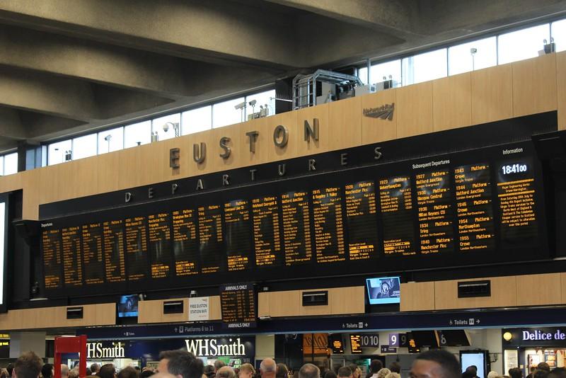 London Euston Station – Departure Board