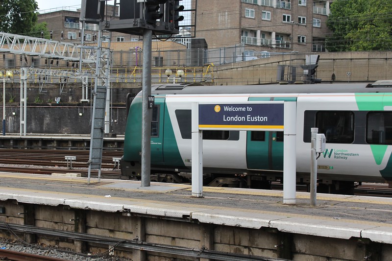 London Euston Station – London Northwestern Railway Class 350 departing